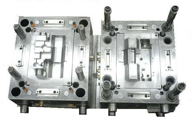 plastic molds-injection-mold