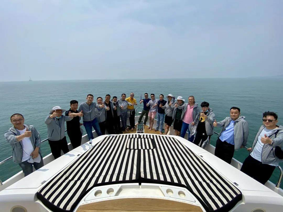 Yankang-Group: The-First-Executive-Team-Building-Activity-in-2020-Boarding-at-Qingdao-Olympic-Sailing-Center