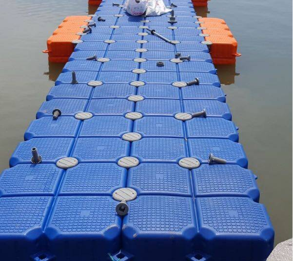 blow-molded-floating-pontoon